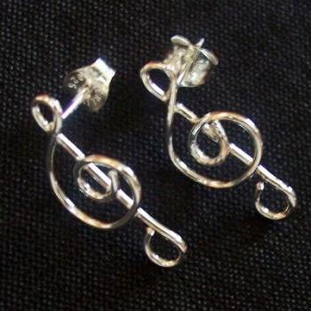 Treble Clef Musical Note 925 Sterling Silver Stud Earring!!!